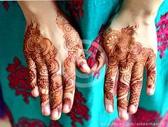 Eid ul Fitr, Karachi, Pakistan (Ameer Hamza) Tags: karachi eid eidulfitr eidinpakistan mehndi ami family adhiafamily familyeidpakistan karachiwalla ameerhamzaadhia ameerhamzaphotography henna 2016