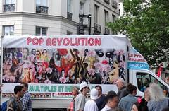 Pop Révolution - France insoumise (Jeanne Menjoulet) Tags: marchedesfiertés lgbt paris 2juillet2016 lesbiangaypride gay bi trans gaypride pride jlm2017 insoumis franceinsoumise poprévolution partidegauche lbgt