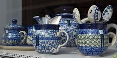 Polish pottery (petrOlly) Tags: windows holland window netherlands europa europe object pottery arcen stoneware inthekitchen boleslawiec bolesawiec