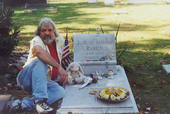 Skip Williamson JonBenet Ramseys grave 2