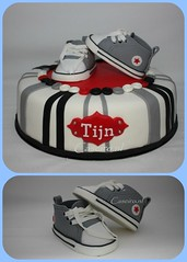 Converse babyshoes Collage (caseirobolos) Tags: converse wit babyshoes grijs