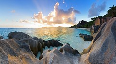 La Digue sunset on Anse Source d'Argent - Seychelles (lathuy) Tags: ocean sea mer water island eau turquoise indian ile explore seychelles indien cocos explored