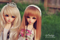Bonding time (Eludys) Tags: doll chloe bjd fairyland msd mnf faceup minifee rheia eludys
