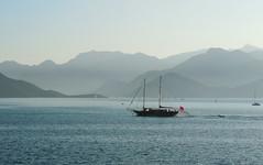 Marmaris13 (conilowe) Tags: boats tugboat yachts marmaristurkey