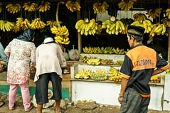 You took my customers (Triyadi Wijaya) Tags: people fruit candid sony sigma banana humaninterest 30mm nex sigma30mm mirrorless nex5n