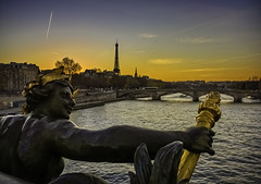IMG_2058-Modifier-Modifier (xsalto) Tags: bridge sunset paris france statue seine river rivire toureiffel pont coucherdesoleil pontalexandreiii