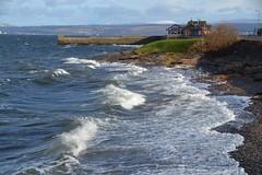(Zak355) Tags: sea beach scotland shore rothesay choppy isleofbute craigmore