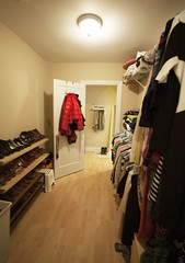 426.Surf.514.CL2 (BJBProperties) Tags: rooftop closet studio hardwoodfloors 426 furnished t14 chicagoapartment downtownapartment 1514 updatedapartment modernapartment lakeviewapartment lakefrontapartment lincolnparkapartment 426surf