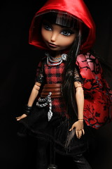 Ever After High: Cerise Hood (jaqio) Tags: toys high doll photos hood after ever cerise matell vision:dark=0657 vision:outdoor=0574