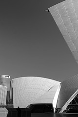 Surveilance Camera In A Very Famous Corner (k009034) Tags: camera travel roof blackandwhite white house building monument beautiful architecture corner canon landscape photography eos 350d scenery famous sydney australia landmark rebelxt operahouse surveilance beautifulearth
