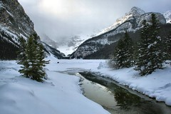Lake Louise, Banff National Park, Alberta, Canada - IMG_1317 (photos by Bob V) Tags: winter lake clouds banff lakelouise mountainlake banffnationalpark canadianwinter banffalberta banffpark banffalbertacanada cans2s