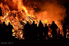 Candelaria 1  (Juanjo RS) Tags: noche fuego candelaria hoguera ltytr2 ltytr1 tufototureto juanjors