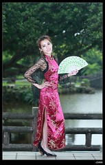 nEO_IMG_DP1U1021 (c0466art) Tags: old light portrait motion holland building girl beautiful smile face rain canon pose blood eyes day sweet gorgeous chinese young taiwan style half attractive lovely cloth charming elegant 1dx c0466art