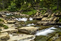 Valle de Ordesa (jlalvarezphotography_nature) Tags: espaa mountain rio landscape waterfall spain agua long huesca paisaje exposition montaa pirineos ordesa cascada soaso