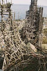 F1000013 (Pavel Kaplunov) Tags: castle sweden driftwood ladonia