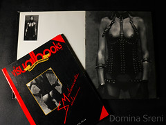 Female Dominance - Catalogue by Andr Berg (Mistress Milano Domina Sreni) Tags: leather photography erotic models sm latex femdom photobooks cuir moldels dominasreni andreberg