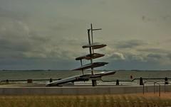 monument Boulevard Vlissingen (Omroep Zeeland) Tags: monument boulevard natuur wolken zeeland vlissingen walcheren