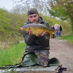 Fully scaled canal beauty# #carp #carpangling #carpfishing #nikon #nikond3300 #carping #carper #fishing #angling #nashtackle #karp #karper #karpervissen #nature #wildlife #fish #fisherman #passion #passionforangling #mylife #mypassion #appeturecollective (kyleheesom1) Tags: fish nature fishing fisherman nikon wildlife passion carp mylife angling karp karper carper carpfishing mypassion carping carpangling karpervissen nikond3300 nashtackle passionforangling appeturecollective