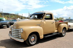 Chevrolet 3100 1950 (seb !!!) Tags: auto old usa france classic cars chevrolet up yellow america jaune canon la us photo beige automobile foto state image united picture voiture amarillo amarelo gelb giallo american jolie seb pick bild bourse oldtimers 1950 imagen imagem benne automovil ancienne bege automovel 3100 populaire classique anciennes wagen 2016 automobil americaine mantes amerique klassic 1100d dchange