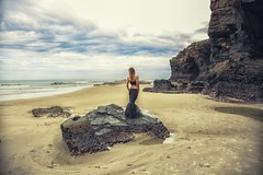 La mar en calma. Model Carme Musquera (Glofontanella) Tags: sea sky landscape mar sand quiet calm cielo calma playaascatedrais
