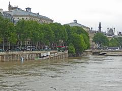 2016.06.02.066 PARIS - La Seine en crue au pont aux Changes (alainmichot93 (Bonjour  tous)) Tags: paris france seine eau ledefrance fleuve crue laseine 2016