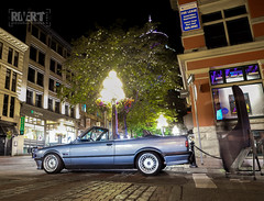 E30-Vert-2619 (Trevor Mah) Tags: vancouver britishcolumbia canada ca e30 convertible night exposure canon 6d 24105 blue cirrus cirrusblaumetallic bmw