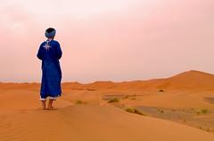 Hamid (Trotaparamos) Tags: sunset sahara desert pentax morocco merzouga 2016 k50 amazigh pentaxdal1855mmwr trotaparamos aventura4x4marruecos