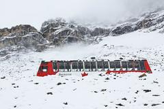 20110901-6.jpg (hlaur) Tags: winter snow canada bus nature canon scenery britishcolumbia glacier alberta banff brewster stranded jaspernationalpark icefield columbiaicefield