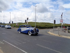 MLT4 1952 Rolls Royce Silver Wraith on the move at Starr Gate Blackpool (j.a.sanderson) Tags: car automobile gate rollsroyce move rolls blackpool limousine royce starr 1952 silverwraith freestoneandwebb rollsroycesilverwraith mlt4 ywg241