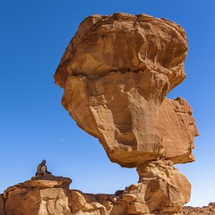 *Sheikh Muhammad and his mineral kingdom* (albert.wirtz) Tags: albertwirtz sinai aegypten gypten egypt wste desert rock rockformation sandstone sandstein beduine bedouin scheich sheikh muhammad nikon nikkor2470f28 d700 bluesky blauerhimmel