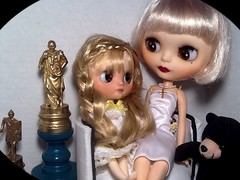 Toy-in-the-Frame Thursday; and Blythe-a-Day July#10: Teddy Bear: Daisy Buchanan & Her Daughter BeckyV