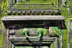 Symi - La vieille porte (Docaron) Tags: grèce greece dodécanèse dodecaneseislands meregée egeansea symi σύμη δωδεκανήσου ελλάδα δωδεκάνησα ελληνικάνησιά porte door πόρτα colors colours couleur vert green dominiquecaron couleurs bois wood texture