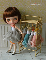 Little model and 4 colors of vintage pearl dress