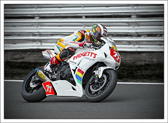 John-McGuinness_3194 (steve.sargeant) Tags: national bikeracing 1000 bsb pirelli oultonpark superstock clayhill padgetts