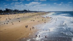 HD VIDEO - Time lapse tilt + shift effect (WATCH-ING) Tags: people mer holland film beach strand pier mar miniature timelapse video waves scheveningen crowd playa denhaag plage thehague mensen interval smallpeople miniatuur 24fps
