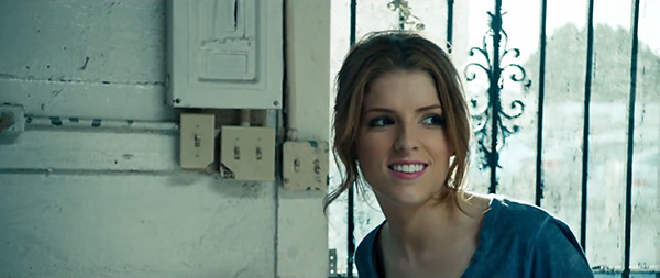 Anna Kendrick - Cups (Pitch Perfects When Im Gone) (Directors Cut) 1080p.mp4_snapshot_04.05_[2013.06.20_17.00.14]