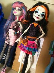 Scarelita (JoolianShmoolian) Tags: orange halloween fashion monster hair skeleton skull high doll flags sugar mexican scaris skelita