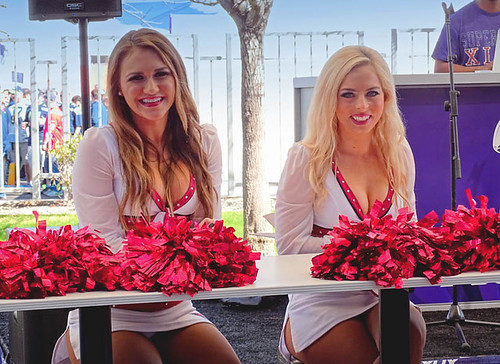 ARIZONA CARDINAL CHEERLEADERS