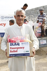 Food Relief in Khanaqin, Iraq (winter 2014) (Ummah Welfare Trust) Tags: poverty charity war refugee islam iraq east relief aid arab middle activism humanitarian displaced humanitarianism
