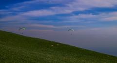 Linzone doppio decollo (SMFREE.72) Tags: flowers light sky italy mountains nature landscape fly pentax volo fiori tamron montagna lombardia luce paesaggio parapendio