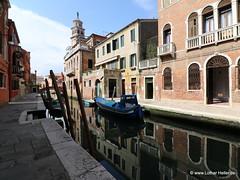 Venice Reflection (Lothar Heller) Tags: italien venice italy reflection reflections italia venezia venedig reflektion veneto venetien veniceitalien