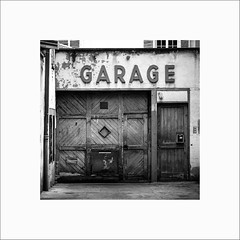Garage (Guillaume et Anne) Tags: street city bw france canon noiretblanc nb strasbourg alsace f2 135 135mm 6d 135mmf2 ef135