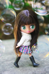 Lily Philly (Antique Wolf) Tags: cute green grass wolf pretty boots sweet antique awesome adorable bubbles tiny blythe plaid hasbro lps