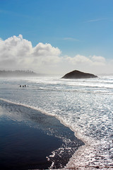 IMG_4896_edited-3.jpg (Magnus Thyvold) Tags: blue beach waves elements tofino