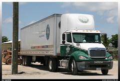 "Freightliner Columbia ""Old Dominion"" (uslovig) Tags: old venice usa truck la louisiana box line thomasville lorry camion trailer conventional freight dominion lastwagen koffer lkw lastkraftwagen auflieger hauber"