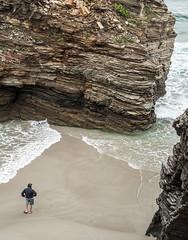 Atrapado (CarameloStudio) Tags: las de playa galicia acantilado catedrales atrapado