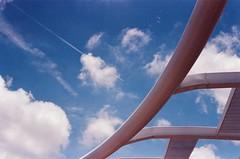 HEART OF QIANZHEN (popo kuo) Tags: blue sky cloud canon outdoor taiwan kaohsiung fujifilm   50mmf18 xtra400 eos7