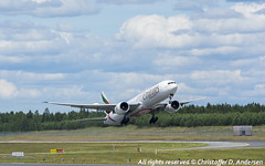 A6-EBV (9) (Christoffer Andersen) Tags: oslo airplane aviation emirates ek boeing osl b777 b777300 b777300er passengerplanes osloairportgardermoen