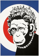 """ Monkey Queen "" 2003 by Banksy / Pop Art ..Actually I choose this in correlation with popular topic in Europe ; BREXIT (lalek72.popart) Tags: art banksy popart subculture monkeyqueen popartculture popartworld"