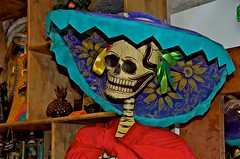 JKN©-16-N70-6304 (John Nakata) Tags: dayofthedead mexico mexicocity df flickr catrina joseguadalupeposada lacalaveracatrina dapperskeleton elegantskull calaveraskeleton